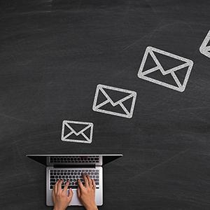 Tjek din e-mail hver dag